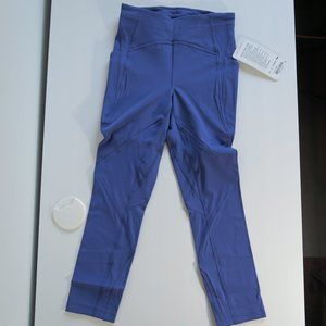Lululemon  Lead the Pack Crop, size 4, NWT